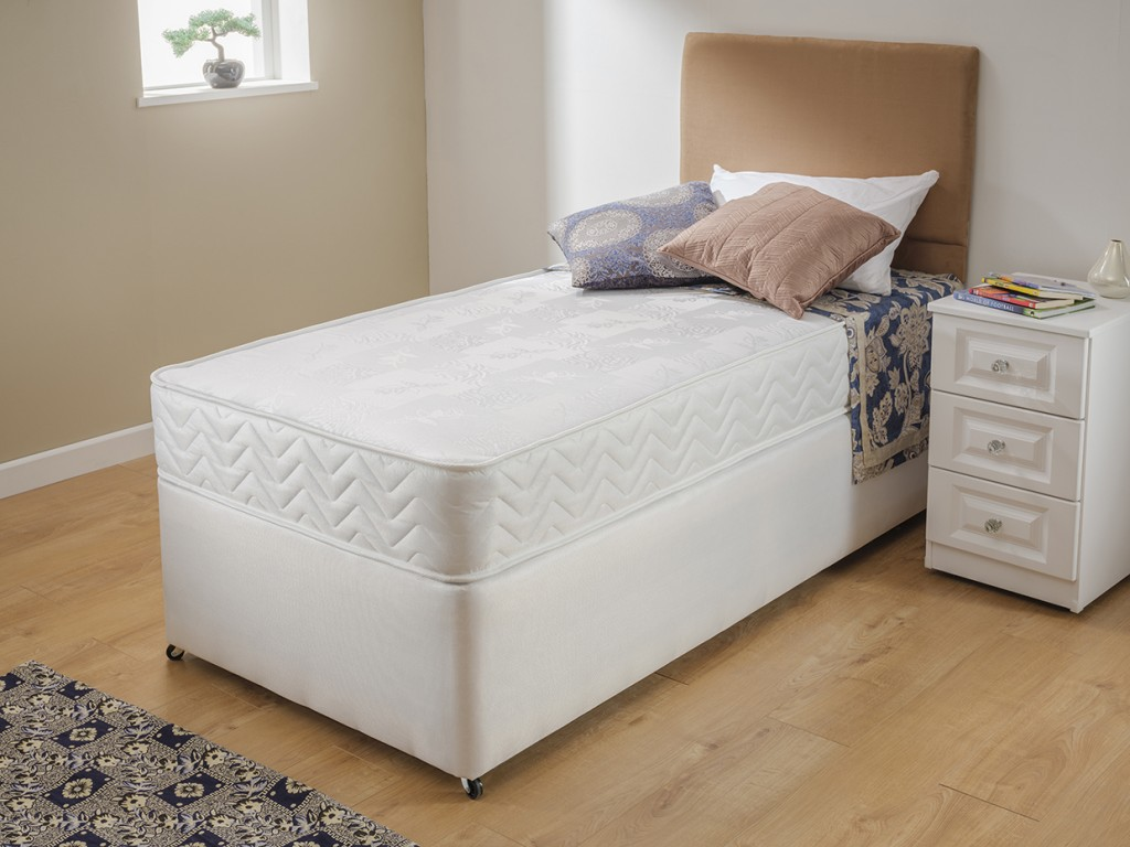 Rome Bed