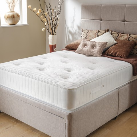 Kensington Pocket Bed